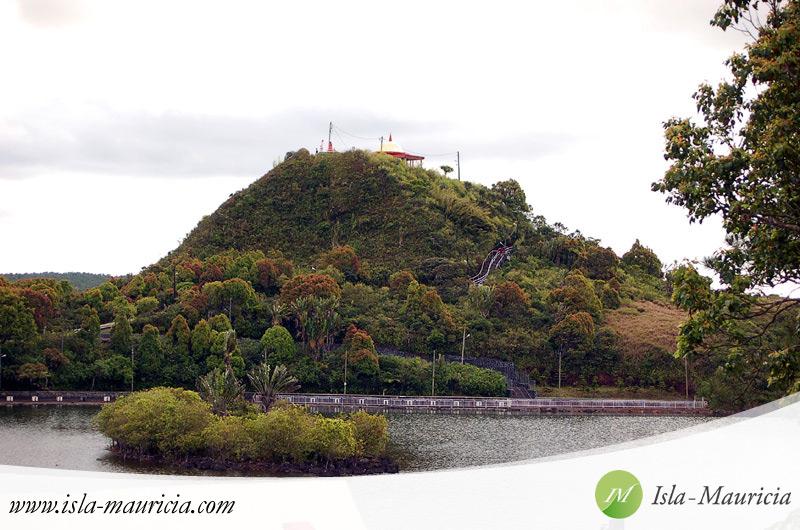 Mauritius - Grand Bassin Crater