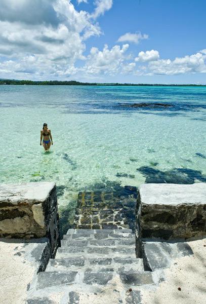 Mauritius Lilot Villa - the lagoon where you can bath - © L'ilot